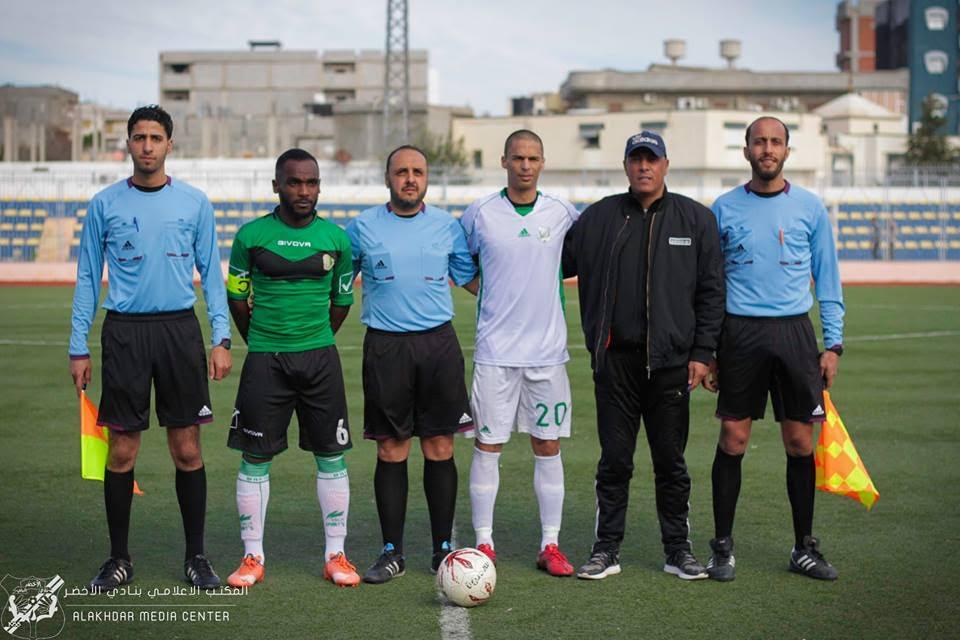 فريق الأخضر البيضاء