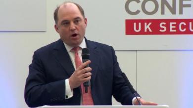 وزير الأمن البريطاني بن والاس