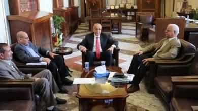 د. فتحي المجبري يجتمع مع محافظ مصرف ليبيا المركزي
