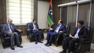 القائم بالأعمال بالسفارة البريطانية لدي ليبيا أنجز ماكي