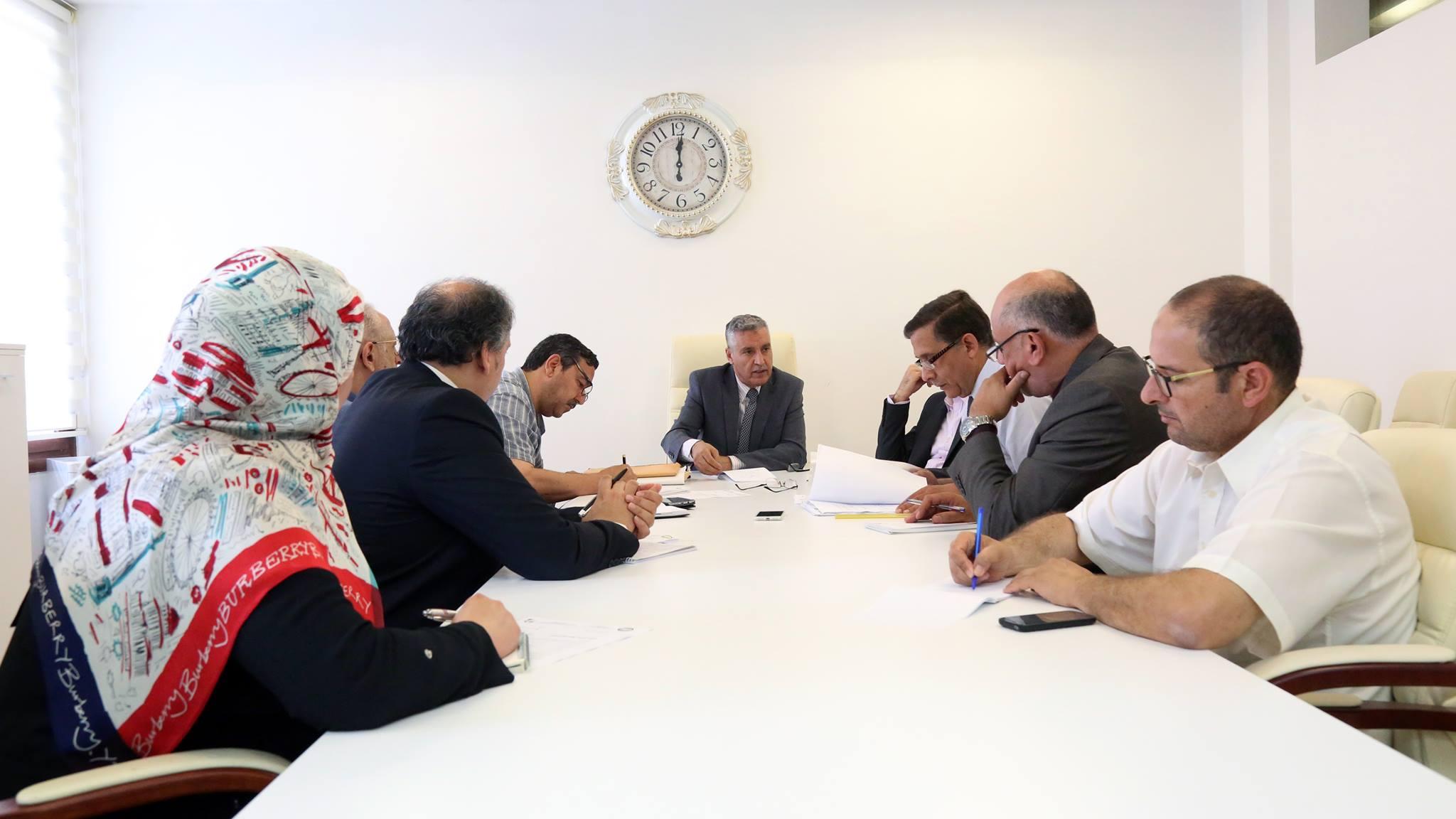 مدير عام مركز طرابلس الطبي الدكتور نبيل العجيلي