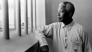 الرئيس الراحل لجنوب أفريقيا نيلسون مانديلا