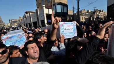 تشييع ضحايا الهجوم الذي نُفّذ ضدّ عرض عسكري في منطقة الأحواز