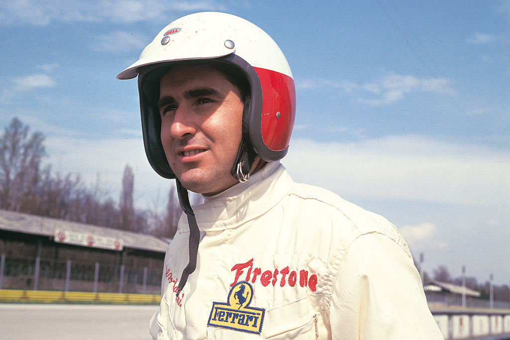 لورنزو بانديني بطل سباق سيارات فورملا ون مواليد المرج 1935