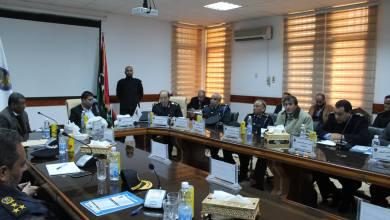 وزير المالية المفوض ووكيل وزارة المالية بعقد إجتماعاً موسعاً يضم كافة الإدارات والمديريات الجمركية والمراكز
