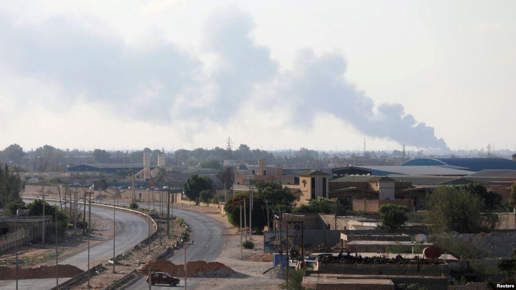 قصر بن غشير تُودّع أطفالها في صمت وعُزلة- الصورة: طرابلس قبل أيام