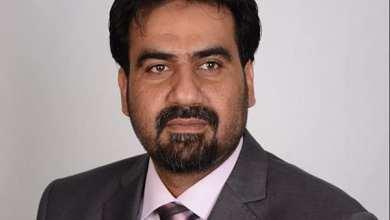 رئيس اتحاد عمال النفط سعد دينار الفاخري - ارشيفية