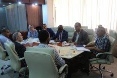 اجتماع وزير العمل والتأهيل المهدي الأمين مع رئيس المؤسسة الوطنية للنفط مصطفى صنع الله (2)