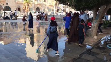 حملة تطوعية في طبرق لتنظيف وتشجير الحدائق والميادين