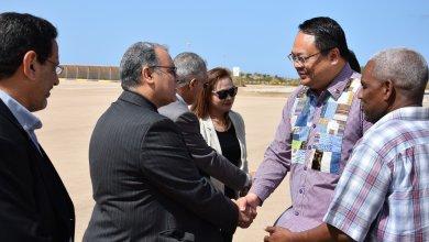 سفير دولة الفلبين يصل مرسى البريقة لبحث ملف العمالة الفلبينية