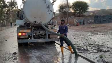 إدارة التشغيل والصيانة في طرابلس تواصل أعمالها لمنع المختنقات على الطرق