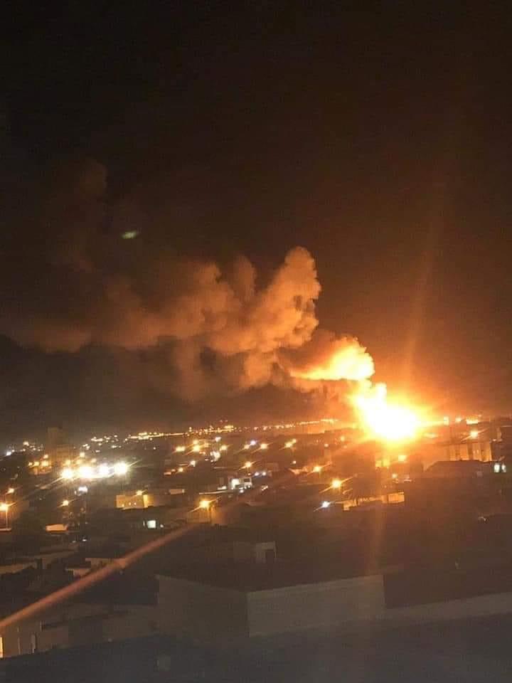 صورة متداولة لمشهد ضربات سلاح الجو التي استهدفت مواقع عسكرية بمصراتة