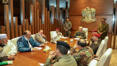 القائد العام للجيش الوطني المشير خليفة حفتر يستقبل أعيان قبائل الأمازيغ