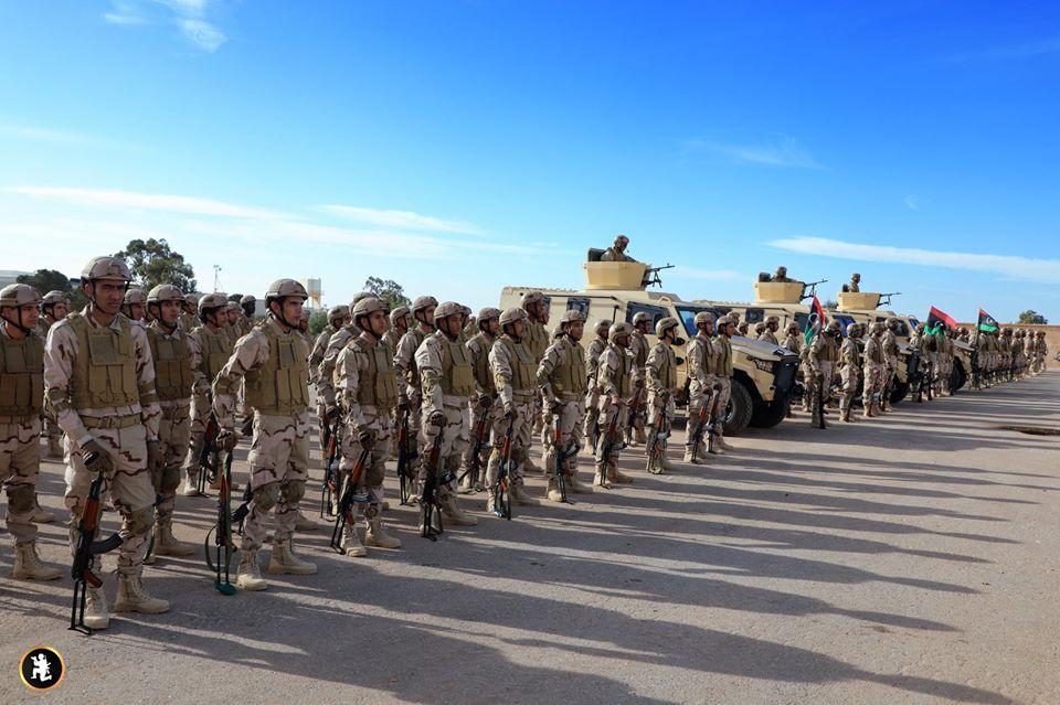 جانب من تعزيزات عناصر الجيش الوطني لمعركة التوجه لقلب طرابلس
