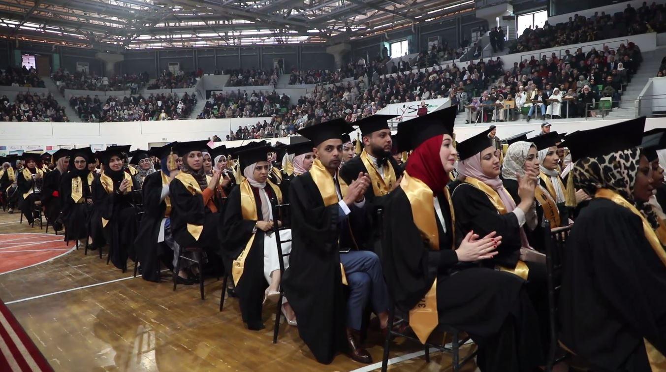 جامعة طرابلس .. احتفالية تخريج الدفعة 37 من كلية الطب البشري