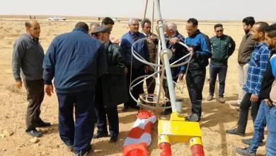 موظفو مطار بني وليد المدني يتقدمهم المدير في حملة لتنظيف المطار ومهبطه ومرافقه
