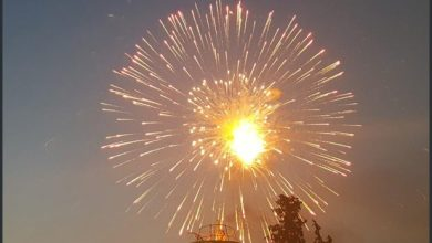 """ألعاب نارية واحتفالات شعبية في دهوك العراقية بمناسبة ما اعتبروه """"هزيمة كورونا"""""""