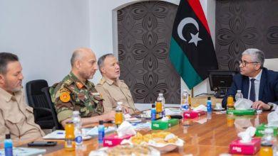 باشاغا يجتمع بآمري المناطق العسكرية الثلاث