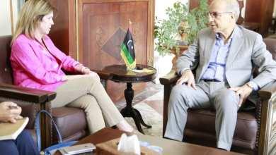 محافظ مصرف ليبيا المركزي الصديق الكبير يؤكد للمبعوثة الأممية ستيفاني وليامز الالتزام بالمراجعة الدولية