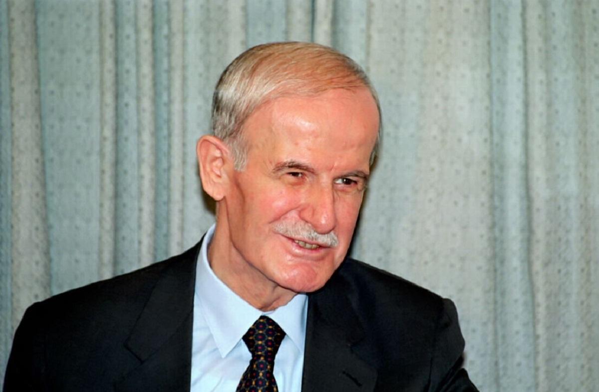 الرئيس السوري الراحل حافظ الأسد