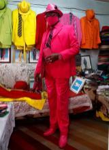 """صور مصمم الأزياء الكيني """"جيمس ماينا موانغي"""""""