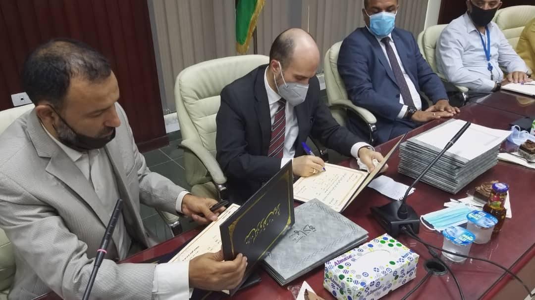 وزير التعليم بحكومة الوفاق يعتمد نتائج امتحانات الشهادتين الاعدادية والثانوية للدارسين في الخارج