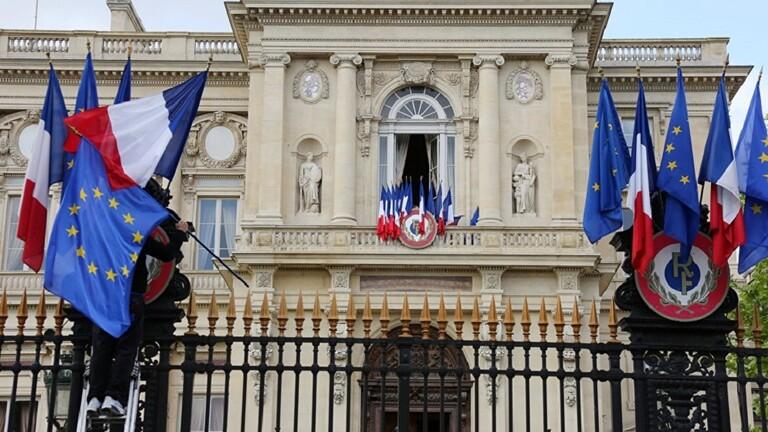 ضغط فرنسي لتشكيل حكومة لبنانية جديدة