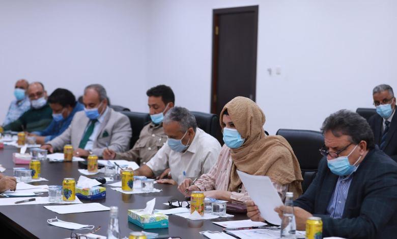 اجتماع اللجنة العليا لمكافحة كورونا بالحكومة الليبية ومنه صدر قرار استئناف الملاحة الجوية