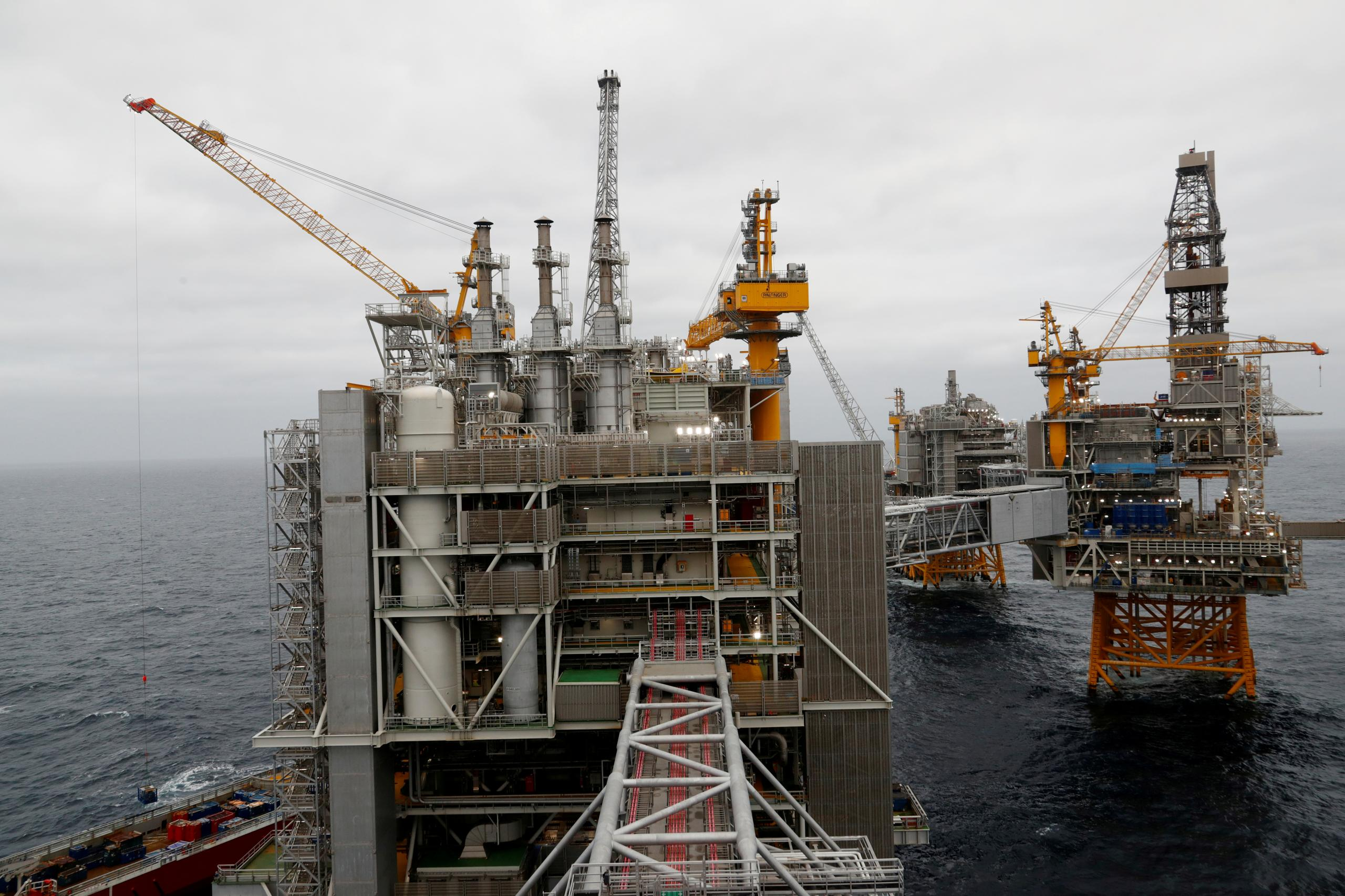 """النرويج- منصة نفطية بحرية في بحر الشمال-""""رويترز"""""""