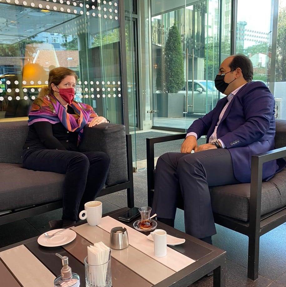 لقاء في إسطنبول التركية جمع نائب رئيس المجلس الرئاسي لحكومة الوفاق الليبية مع المبعوثة الأممية للدعم بالإنابة ستيفاني وليامز لبحث ملتقى تونس المرتقب