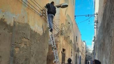 توفير إنارة بالطاقة البديلة في المدينة القديمة طرابلس
