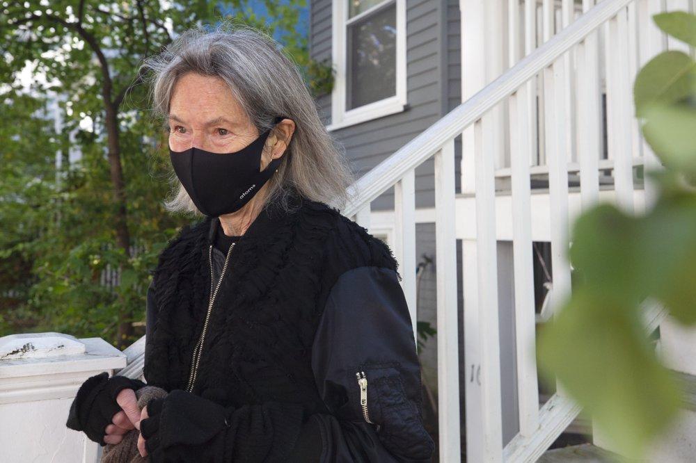 الشاعرة الأميركية لويز غلوك الحائزة على جائزة نوبل للآداب 2020