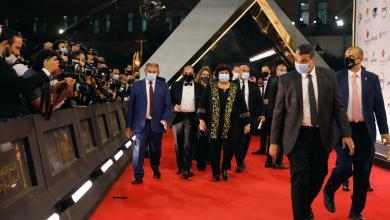 مهرجان القاهرة السينمائي في دورته الــ42 يختتم بفوز فيلم بريطاني والكثير من الجوائز الثانوية