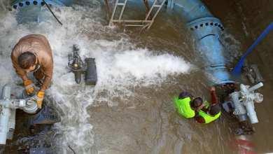 """أعمال صيانة لمياه النهر الصتناعي في بنغازي -""""أرشيفية"""""""