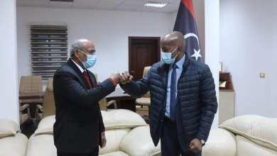 الأمين يبحث مع سفير دولة بنغلاديش تشغيل اليد العاملة