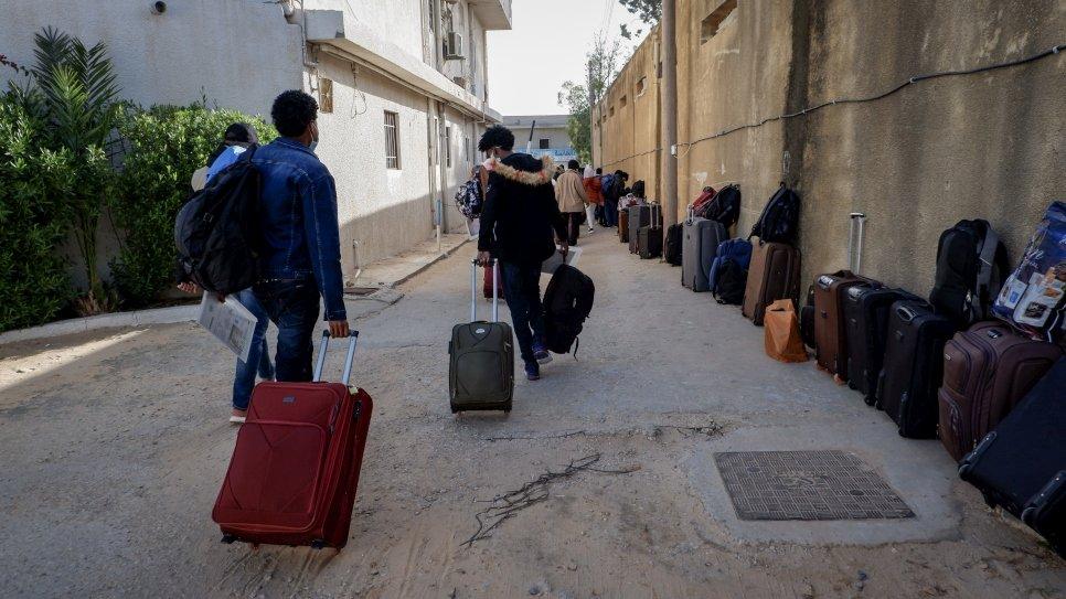 آخر رحلة لإجلاء المهاجرين من ليبيا في العام 2020
