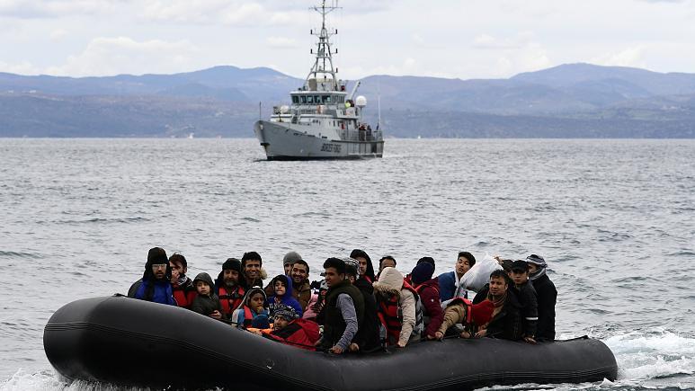 """الإعادة القسرية للاجئين -""""أرشيفية عن إيرونيوز"""""""