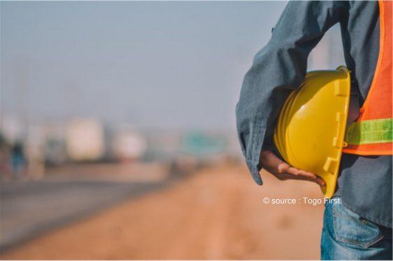 *Togo First* : Le Togo recrute un contrôleur pour des travaux de bitumage à Lomé