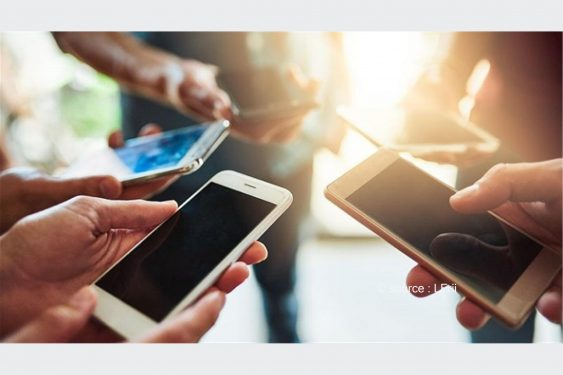 *L-Frii* : Les jeunes togolais sont prêts à tout pour avoir un smartphone dernier cri