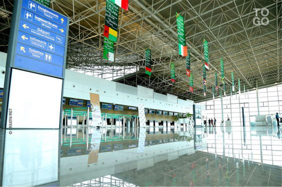 *Republic Of Togo* : Tous vaccinés à l'aéroport