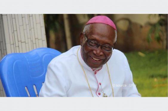 *L-Frii* : Togo : Monseigneur Kpodzro sauvagement agressé ?… Âmes sensibles, s'abstenir (Photos)