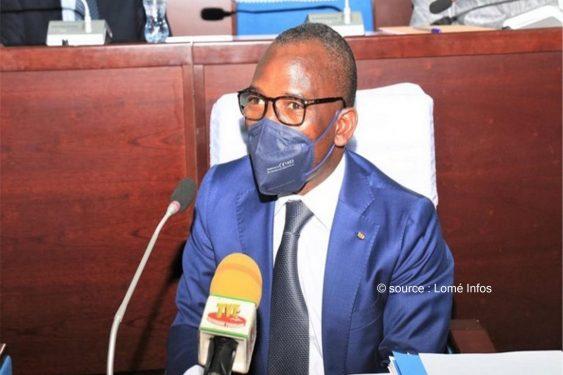 *Lomé Infos* : Togo: le nouveau code du travail une nouvelle fois retouché.