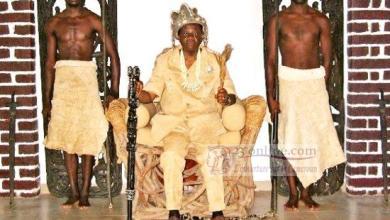 Photo of Cameroun – en attendant le remaniement… Jacques Fame Ndongo, la honte académique!