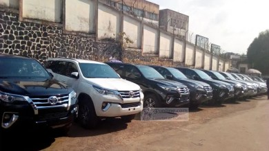 Photo of Cameroun – Administration territoriale : Paul Biya offre 50 Toyota Fortuner à la préfectorale