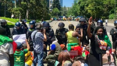 Photo of Les activistes de la BAS prennent d'assaut l'ambassade du Cameroun à Berlin