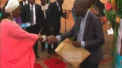 Photo de Cameroun: Les acquéreurs des logements sociaux d'Olembé reçoivent les clés de leurs appartements