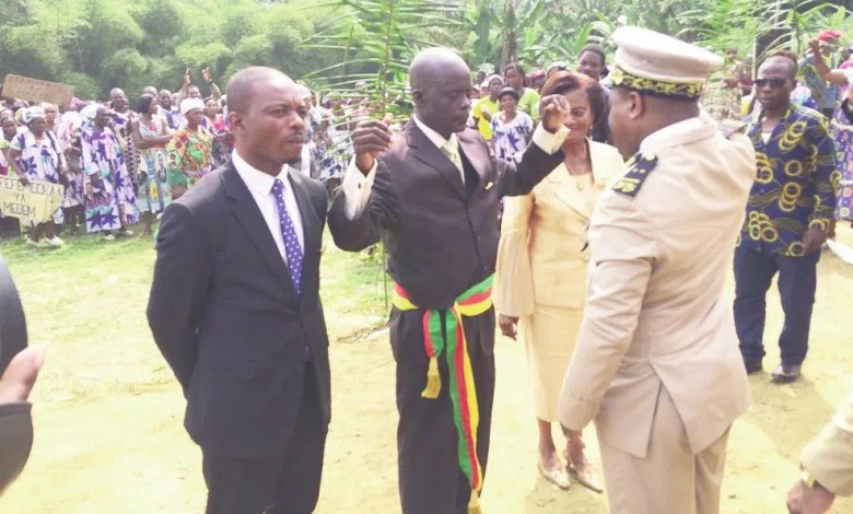 Maurice Akam Akam