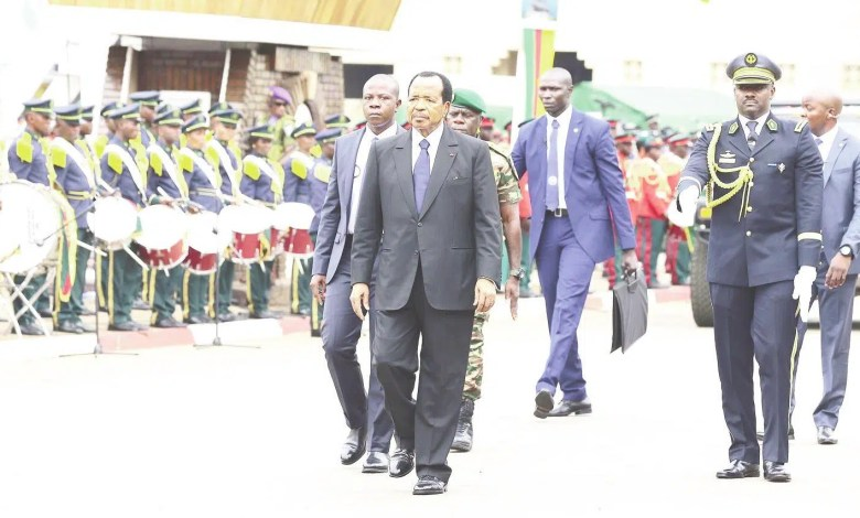 Le président Paul BIYA au défilé
