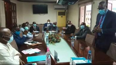 Photo of Cameroun: Le français Bolloré et la douane camerounaise ont évalué les premiers pas de CAMCIS