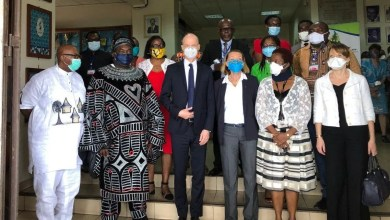 Photo of Cameroun – Coronavirus : L'ambassadeur de France félicite le Centre pasteur